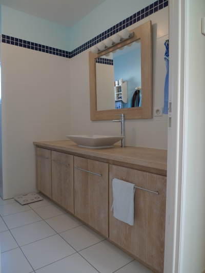 Meuble de salle de bain et son plateau en teck massif - Meuble de salle de bain pas chere ...