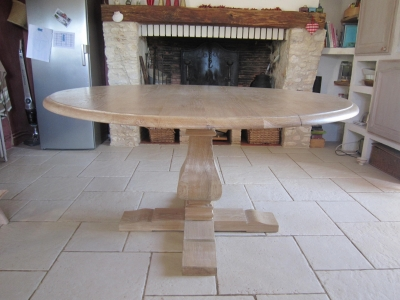 table pied central 10